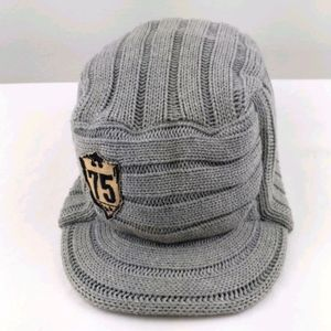 Old Navy- Gray sweater baseball hat L
